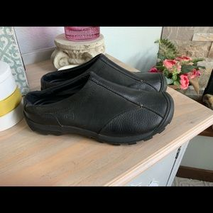 KEEN leather slip on mule hiking shoes